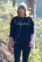 Taylor Swift in Leggings - Out For a Hike in Los Angeles, 12/30/2015