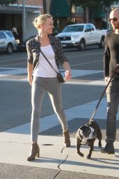 Yvonne Strahovski Casual Style - Out in Beverly Hills, January 2016