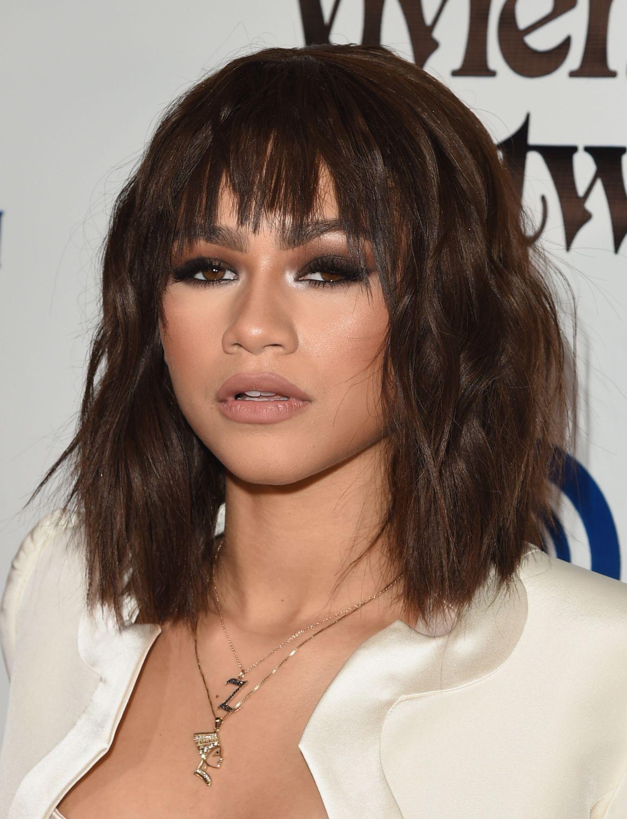 Kim cuts your hair topless again