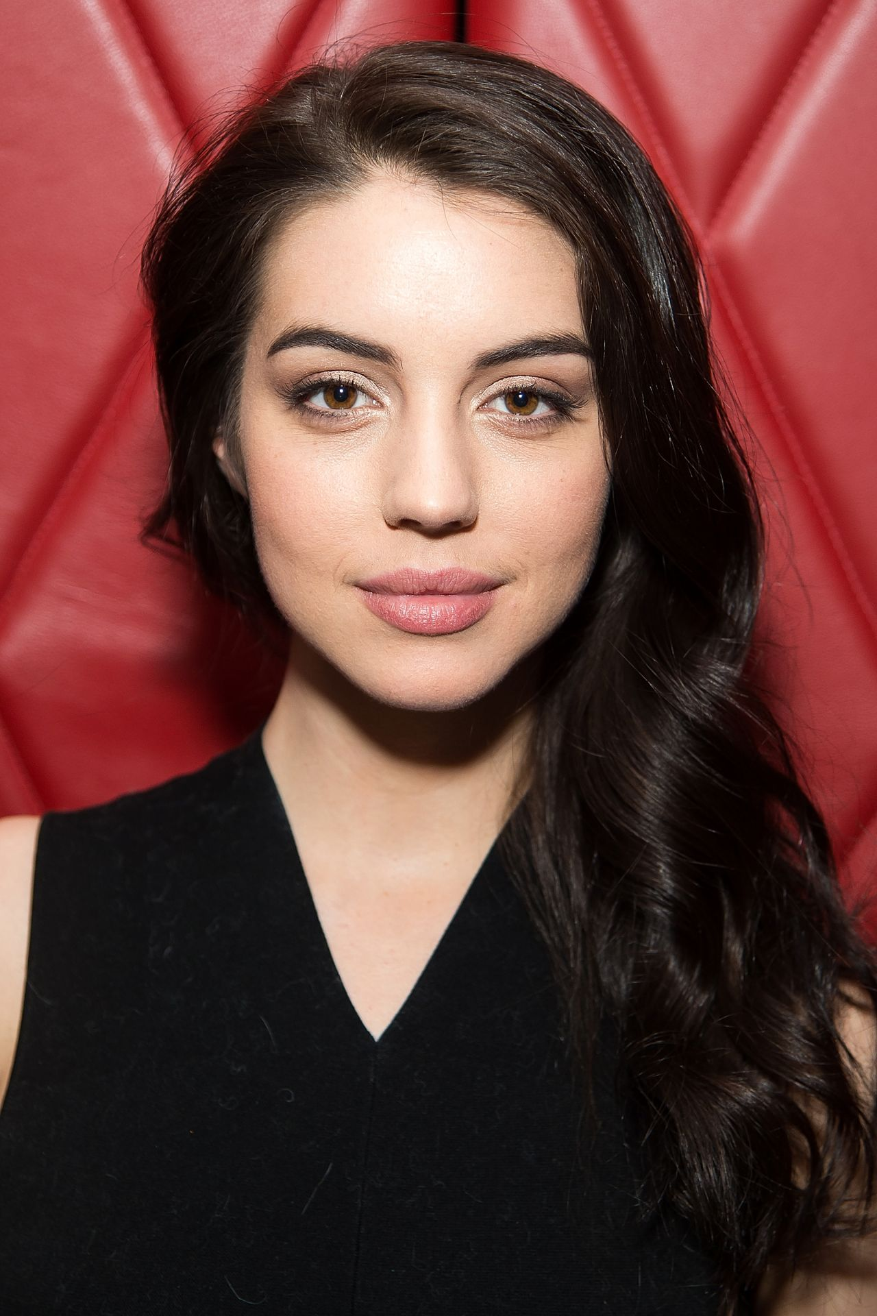 Adelaide Kane Natalie Zfat S Nyfw Dinner At Lamb S Club