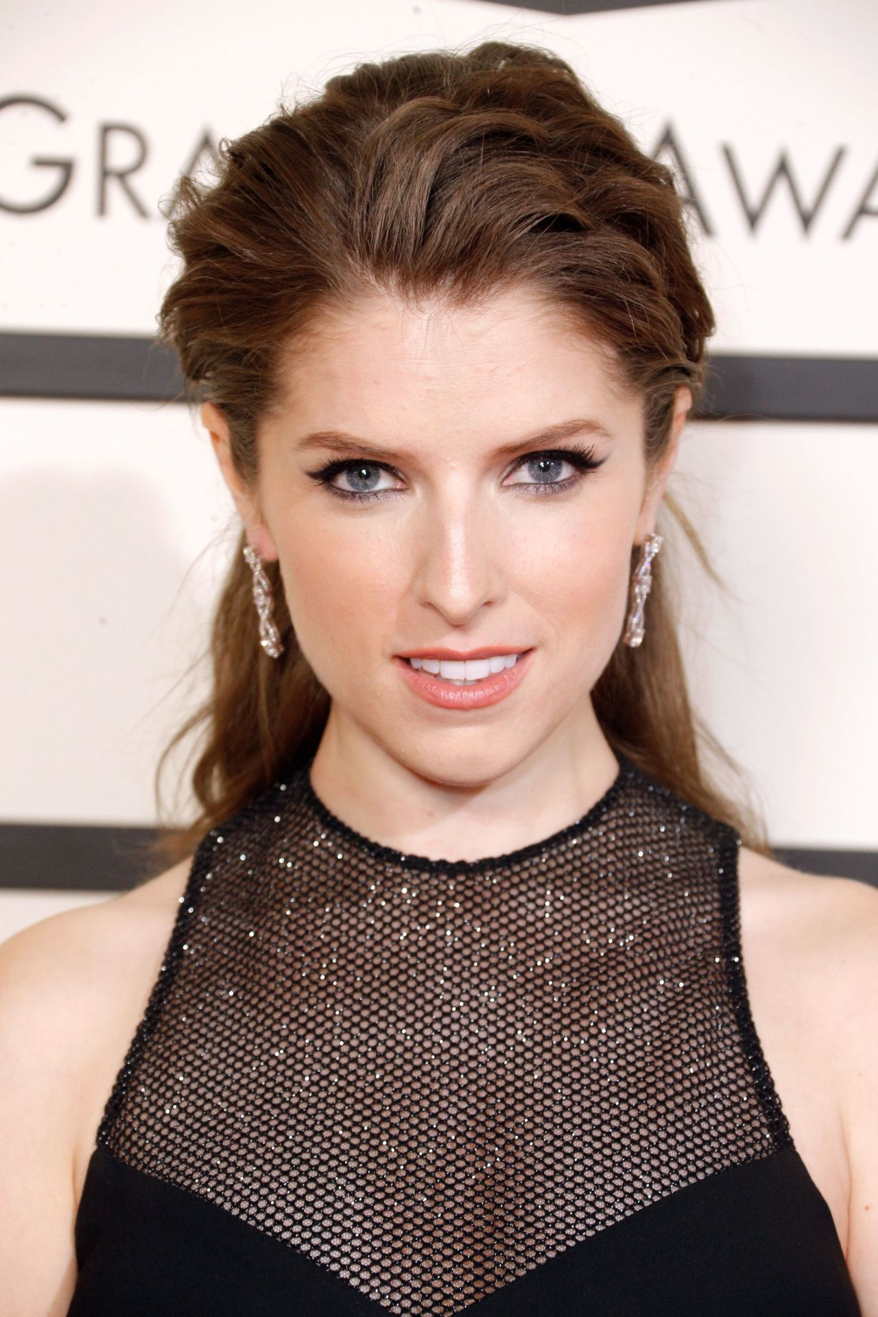 Anna Kendrick 2016 Grammy Awards In Los Angeles Ca