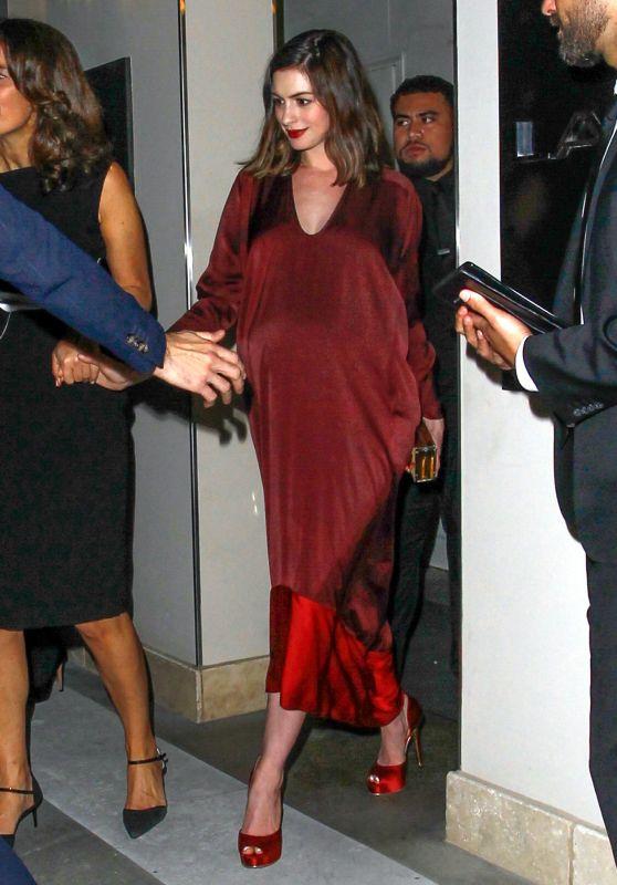 Anne Hathaway - Leaving Leonardo DiCaprio