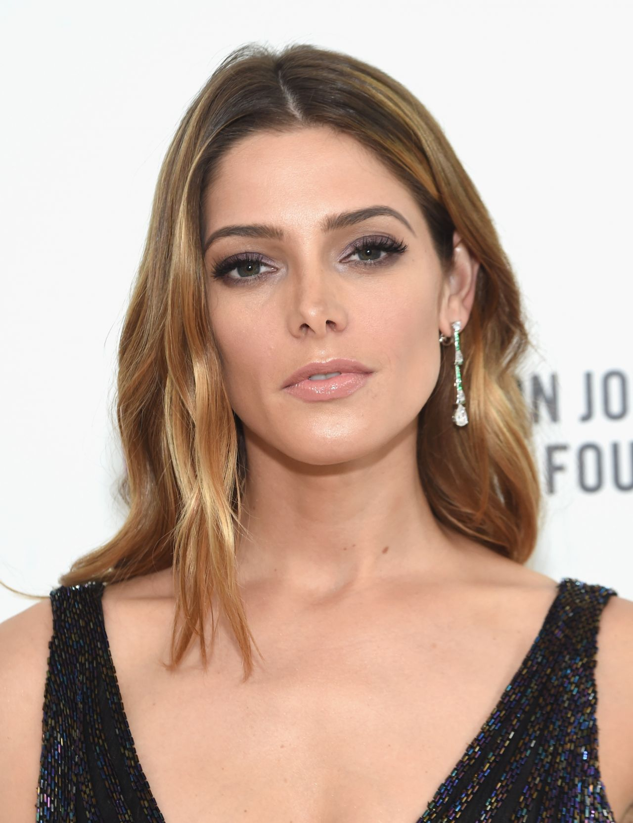 Ashley Greene – 2016...