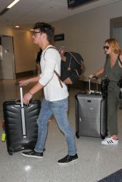 Bella Thorne Airport Style - LAX in Los Angeles 2/16/2016