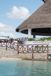 Bella Thorne - Bikini Photoshoot in Cancun 2/13/2016