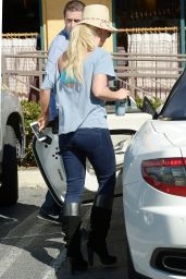Britney Spears - Out in Los Angeles, February 2016