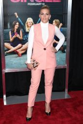 Busy Philipps – 'How To Be Single' Premiere in New York