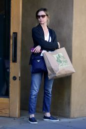 Calista Flockhart - Leaving Patagonia in Santa Monica, February 2016