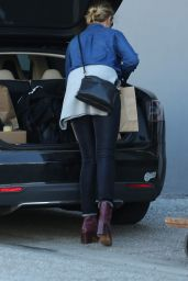 Cameron Diaz - Goes Shopping at The Mart Collective in Venice, 1/29/2016
