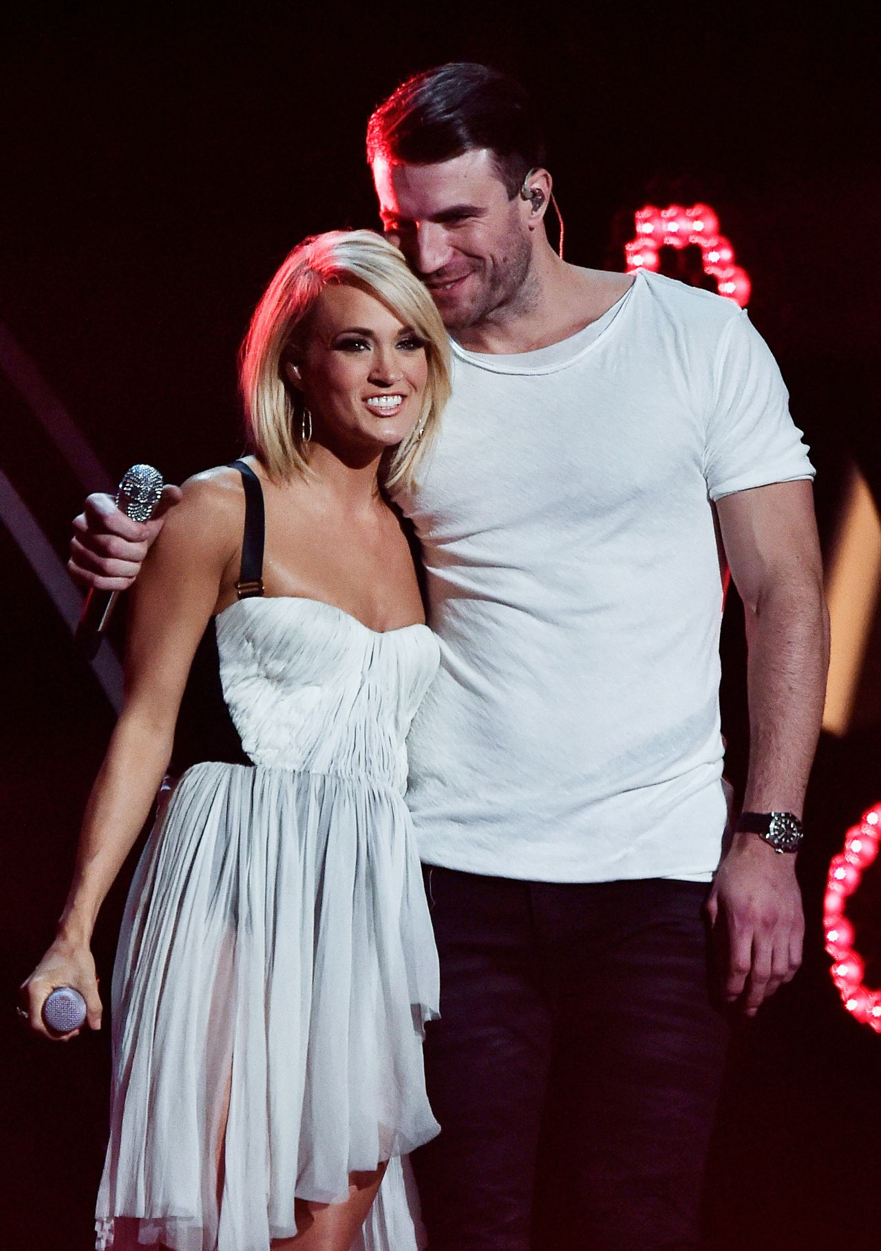 Grammys Carrie Underwood 2016 Sam Hunt