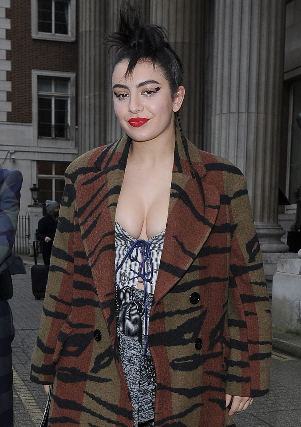 Charli Xcx Out In London 2 21 2016