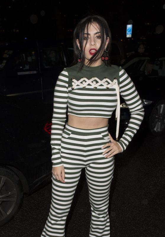 Charli XCX – The AW 2016 House of Holland Fashion Show – London Fashion Week 2/21/2016