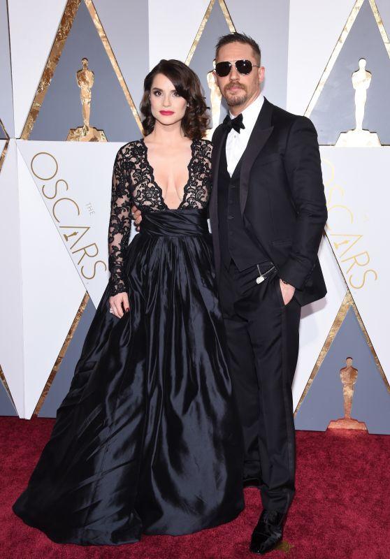 Charlotte Riley – Oscars 2016 in Hollywood, CA 2/28/2016