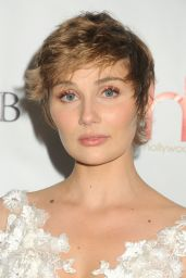 Clare Bowen – 2016 Hollywood Beauty Awards Held at Avalon in Los Angeles