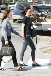 Courteney Cox Casual Style - Out and about in Los Angeles, CA 2/23/2016