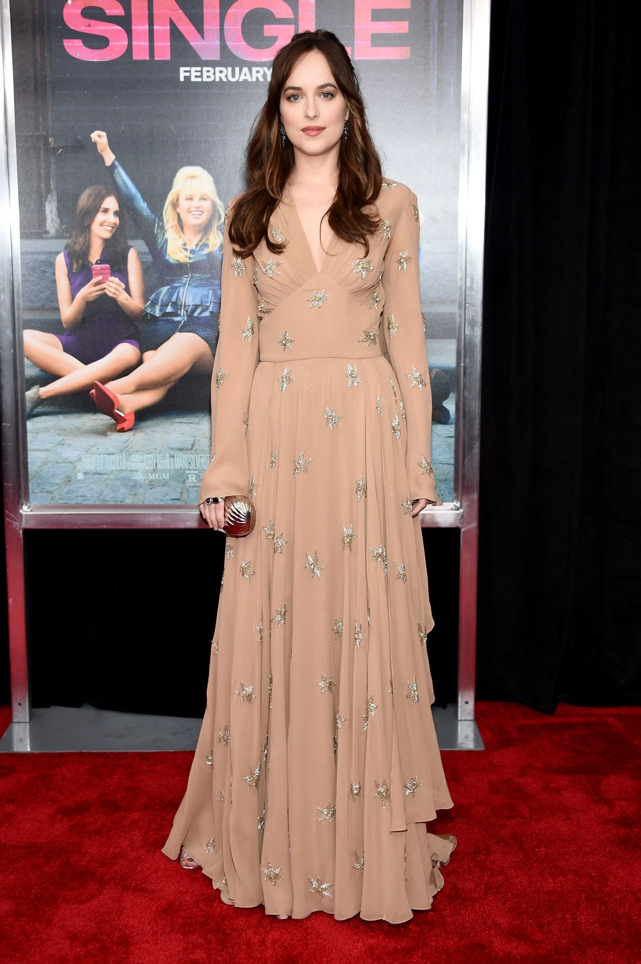 Dakota Johnson €� 'how To Be Single' Premiere In New York City