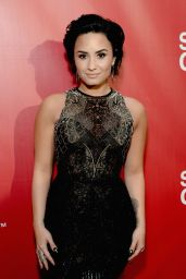 Demi Lovato - 2016 MusiCares Person Of The Year Honoring Lionel Richie