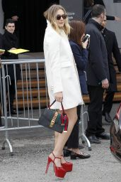 Elizabeth Olsen - Arrives at the Gucci Show for Milan Fashion Week 2/24/2016