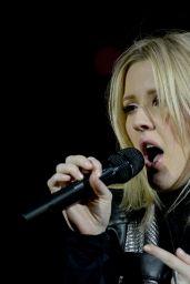Ellie Goulding - Performing in Munich, Germany, February 2016