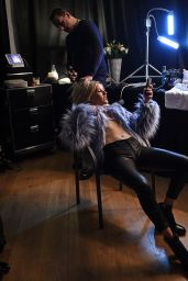 Ellie Goulding - Photo Shoot at Her Show in Antwerp - Behind the Scenes, February 2016
