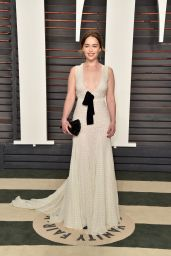 Emilia Clarke – Vanity Fair Oscar 2016 Party in Beverly Hills, CA