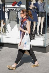 Emily Blunt - Shopping in Los Angeles, CA 2/9/2016