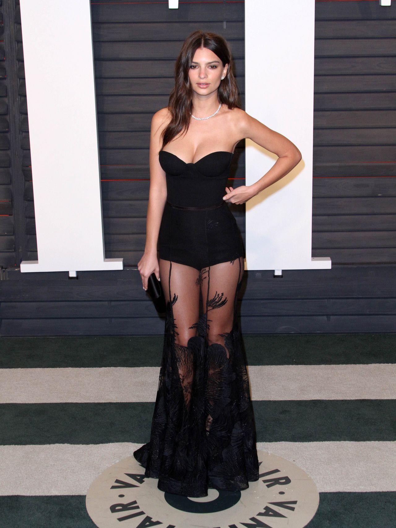 Emily Ratajkowski Vanity Fair Oscar 2016 Party In