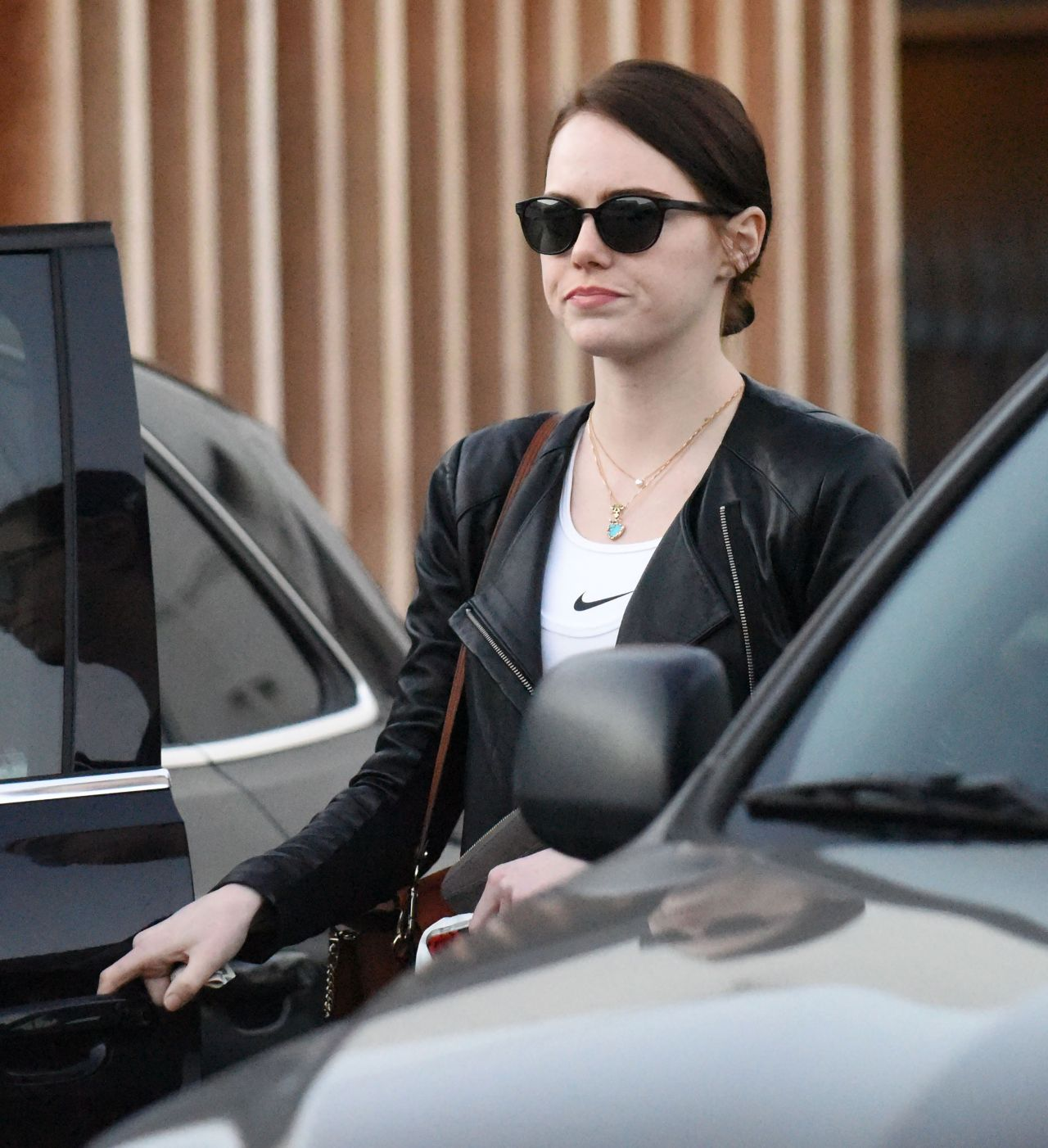 Emma Stone  Leaving Meche Salon With a Dark New Hair For