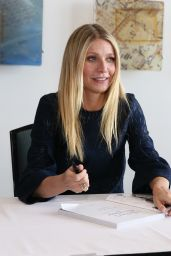 Gwyneth Paltrow Book Signing at the the 2016 Antiques And Garden Show in Nashville