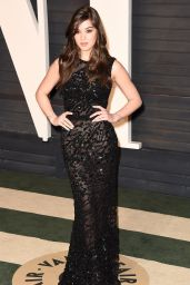 Hailee Steinfeld – Vanity Fair Oscar 2016 Party in Beverly Hills, CA
