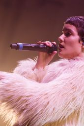 Halsey - Performing at O2 Academy Brixton in London, February 2016