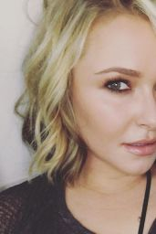 Hayden Panettiere Working on a Carl