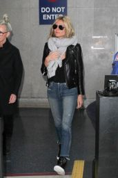 Heidi Klum Airport Style - at LAX in Los Angeles 2/1/2016