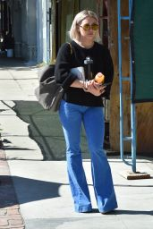 Hilary Duff Street Style - Leaving a Salon in Los Angeles 2/23/2016