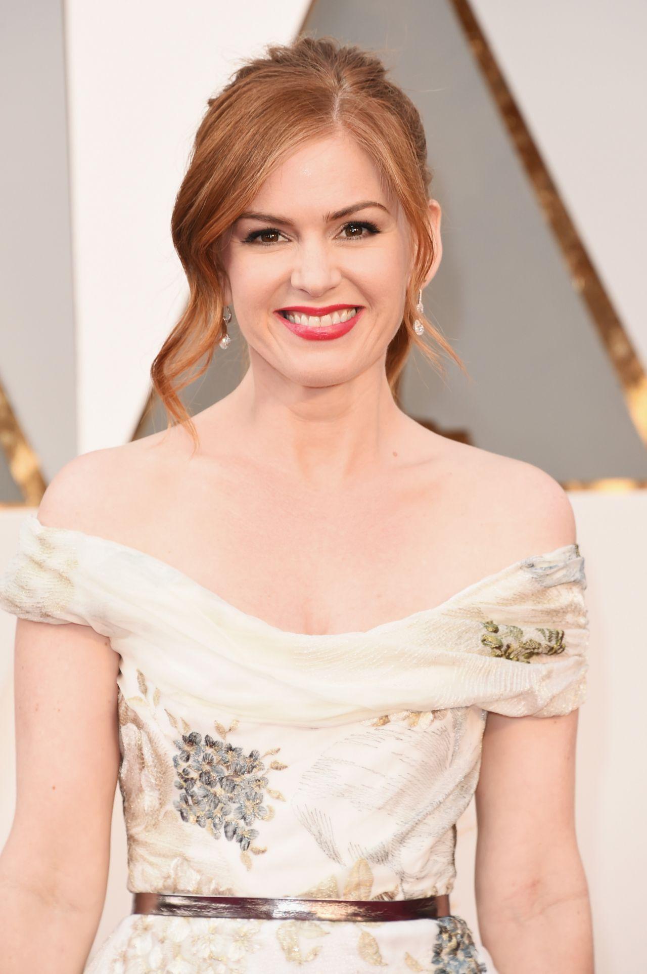 Isla Fisher – Oscars 2016 in Hollywood, CA 2/28/2016