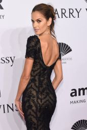 Izabel Goulart – 2016 amfAR New York Gala in New York City, NY