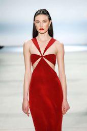 Jacquelyn Jablonski - Cushnie et Ochs Fashion Show - NYFW, February 2016