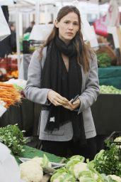 Jennifer Garner - Shopping in Los Angeles, 1/31/2016