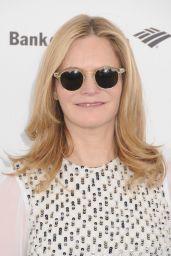 Jennifer Jason Leigh – 2016 Film Independent Spirit Awards in Santa Monica, CA