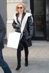 Jennifer Lawrence Style - Shopping in New York City 2/18/2016