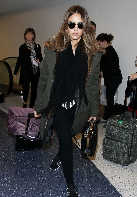 Jessica Alba - LAX Airport in Los Angeles, CA 2/16/2016