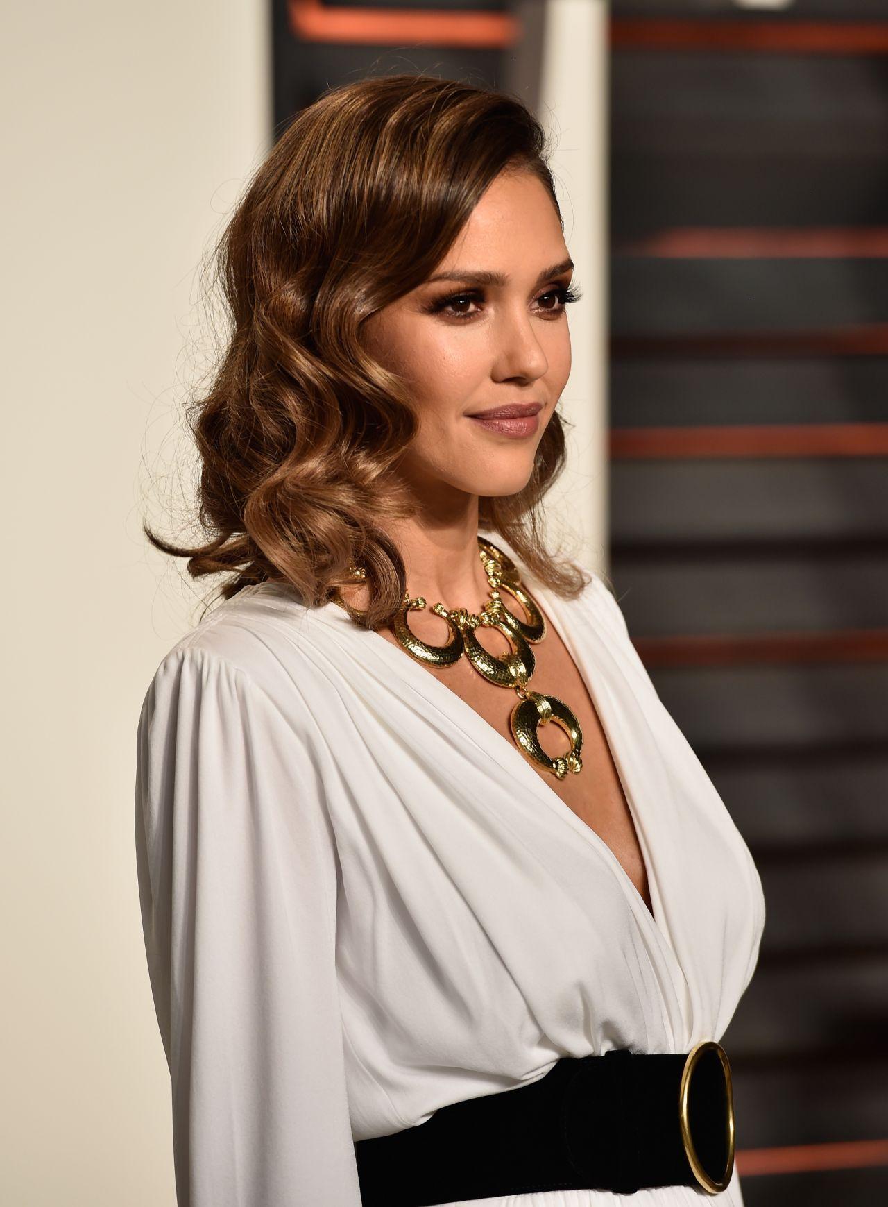 Jessica Alba – Vanity Fair Oscar 2016 Party in Beverly ... Jessica Alba