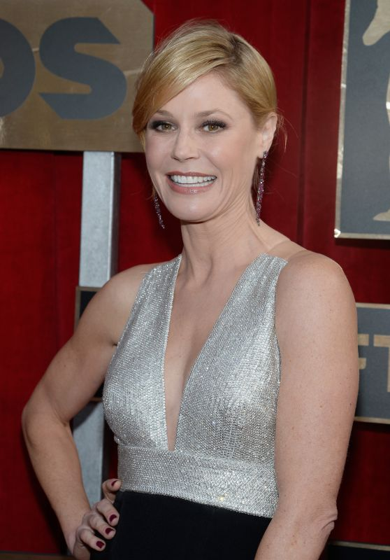 Julie Bowen – SAG Awards 2016 at Shrine Auditorium in Los Angeles