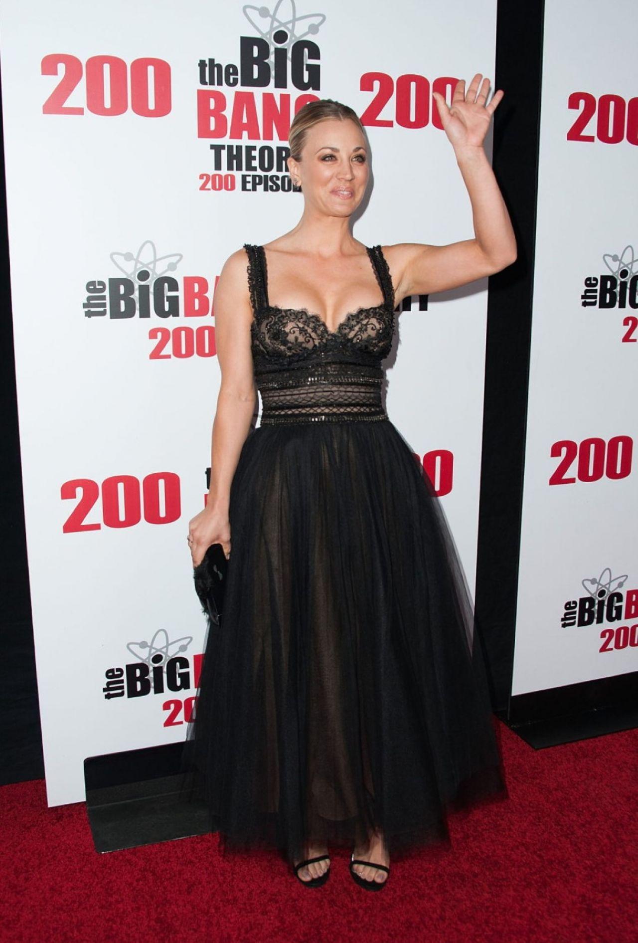 Kaley Cuoco Cbs S The Big Bang Theory Celebrates 200th
