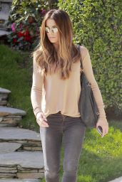 Kate Beckinsale Casual Style - Out in Los Angeles, CA 2/26/2016