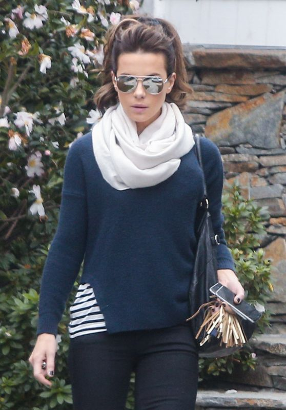 Kate Beckinsale Winter Style - Out in Los Angeles 1/30/2016