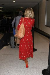 Kate Hudson - LAX Airport in Los Angeles, CA 2/24/2016