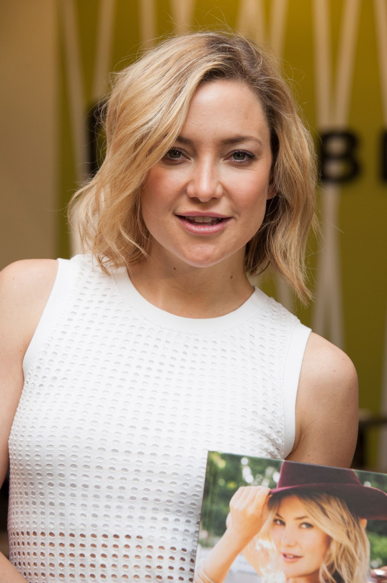 Kate Hudson Shares Lifestyle, Fitness Tips in 'Pretty ... |Pretty Happy Book