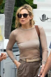 Kate Hudson Style - Leaving Her Hotel in Miami 02/19/ 2016