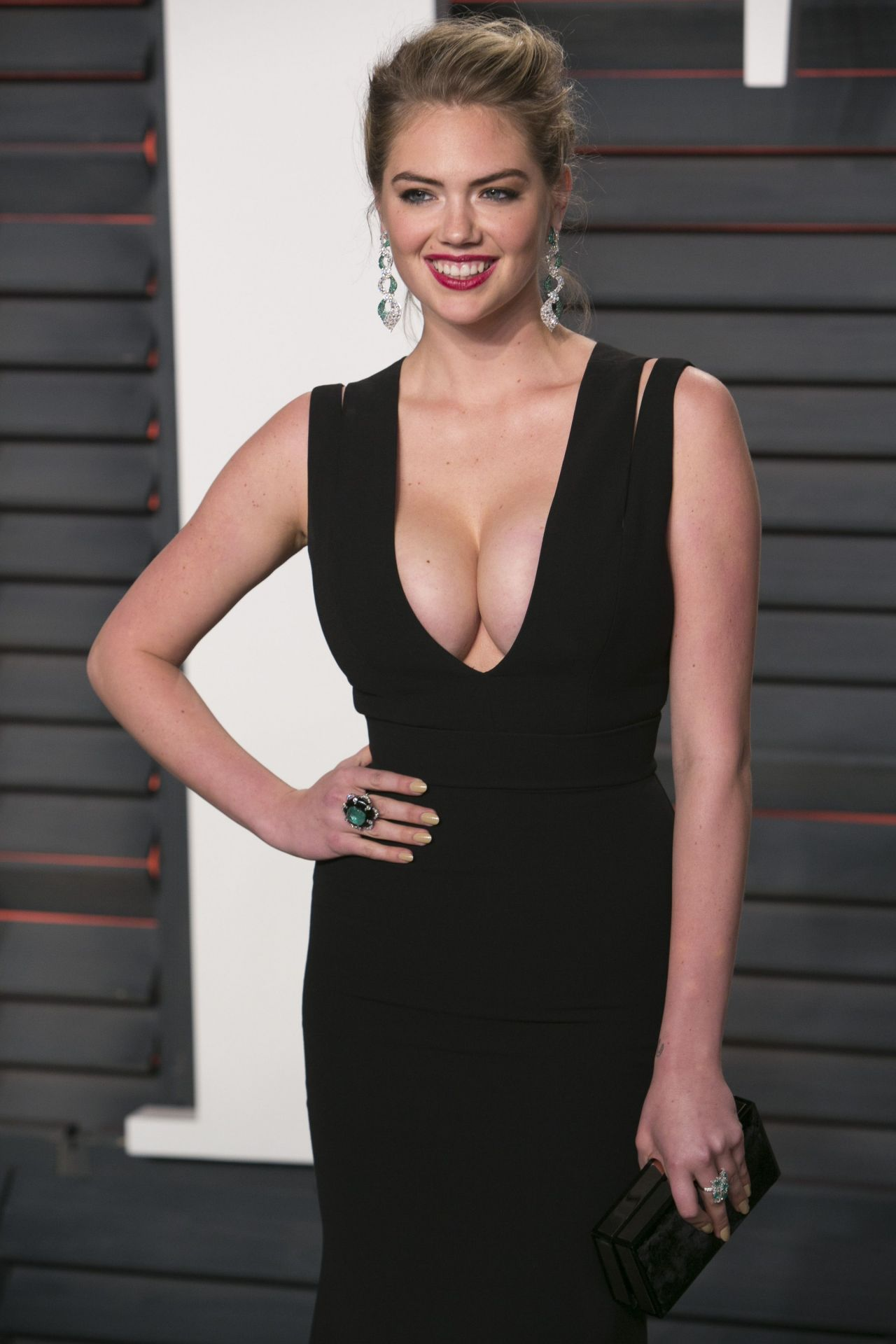 Kate Upton Vanity Fair Oscar 2016 Party In Beverly Hills Ca